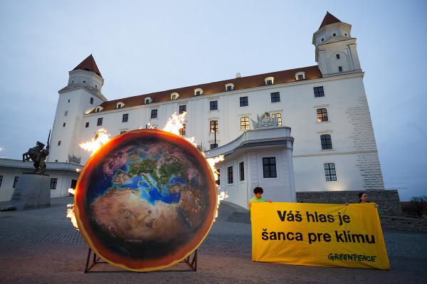 Členovia organizácie Greenpeace Slovensko