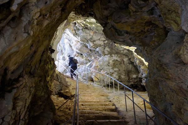 Jaskyňa pri hrade Predjama,