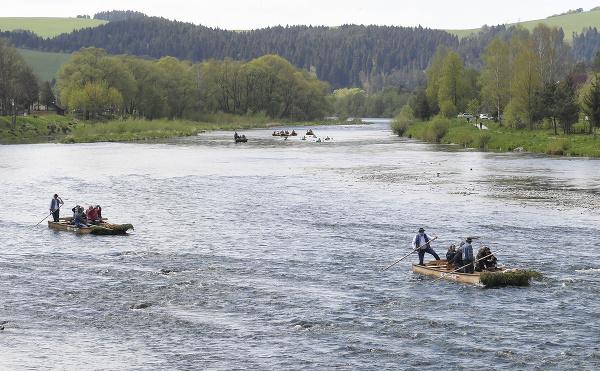 Na Dunajci spustili pltnícku