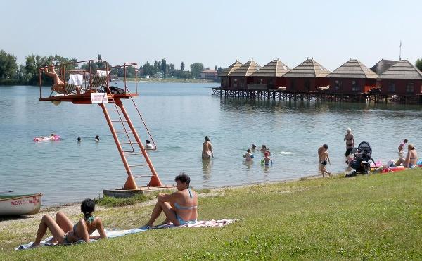 Slnečné jazerá, Senec