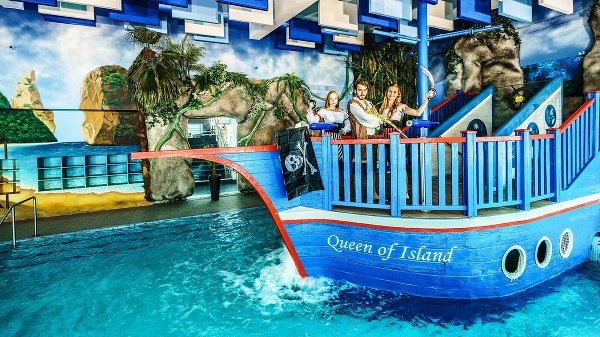 AquaCity, Treasure Island