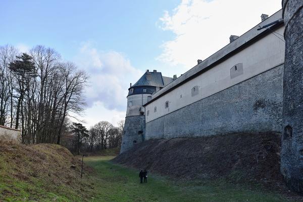 Prehliadka na hrade Červený