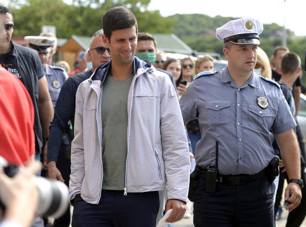 Novak Djokovič propaguje kontroverzné