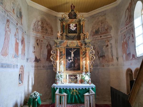 Presbytérium evanjelického kostola v