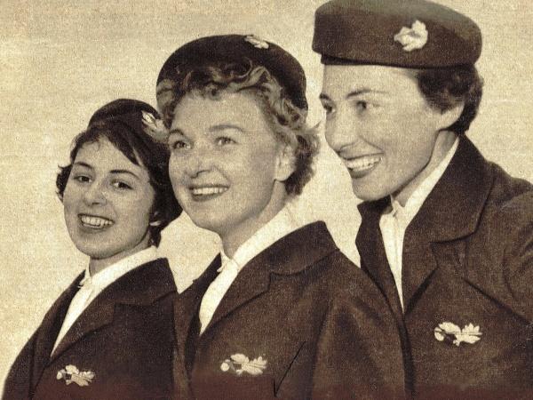 Prvé uniformy Austrian Airlines