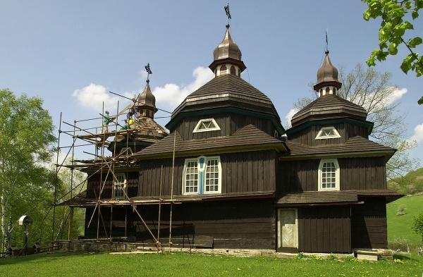 Kostol ochrany svätej Bohorodičky,