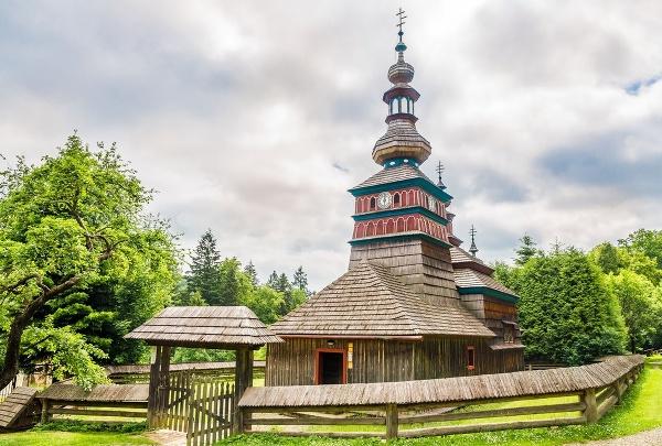 Gréckokatolícky drevený Chrám Ochrany