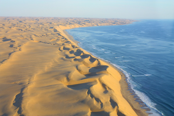 Púšť Namib a Atlantický