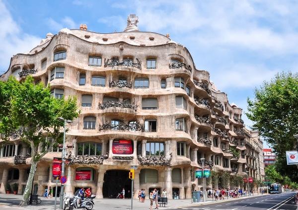 Casa Milá, Барселона, Испания