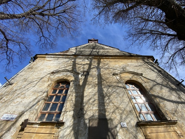 Nevyužívaný evanjelický kostol v