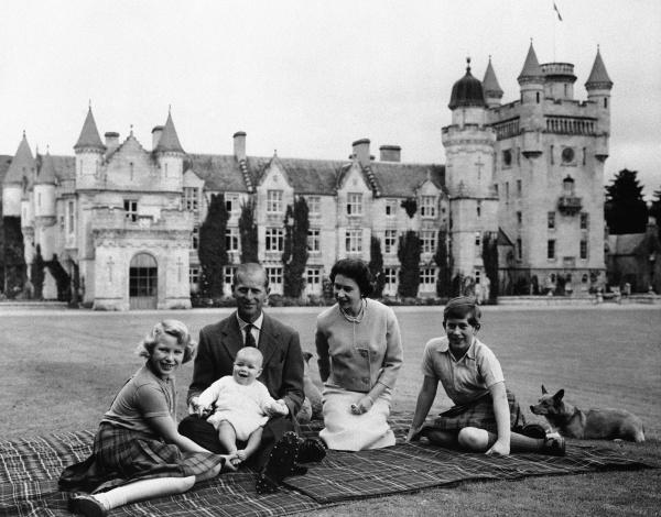 Princ Philip a kráľovná