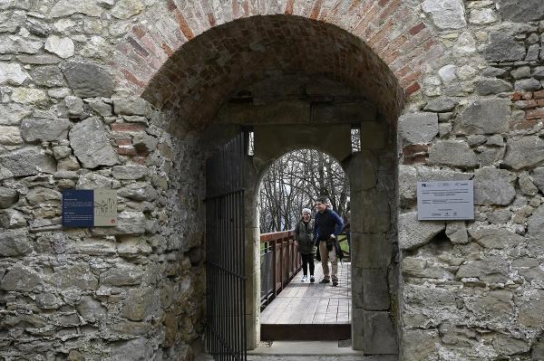 Trenčiansky hrad je po