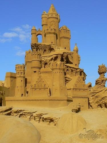 Katedrála z piesku...