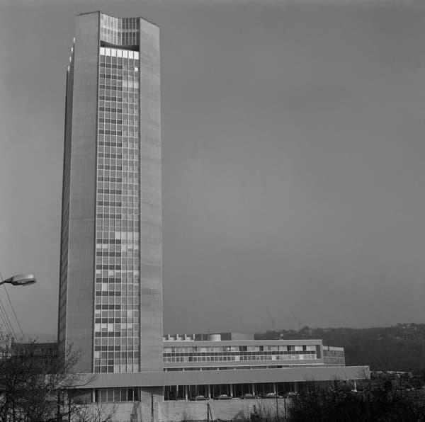 Výstavba televízneho centra