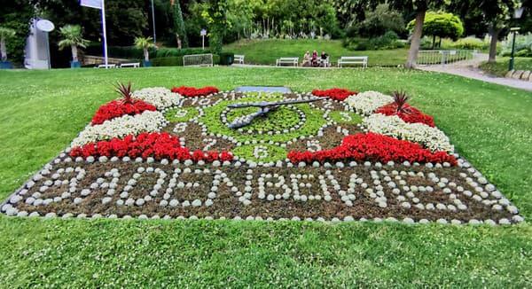Kvetinové hodiny, Baden