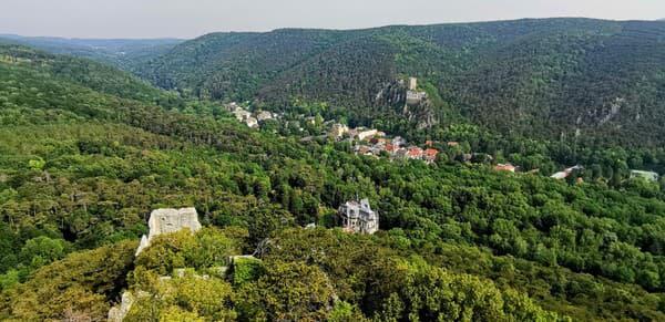 Výhľad z hradnej veže