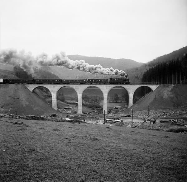 Chmarošský viadukt v roku