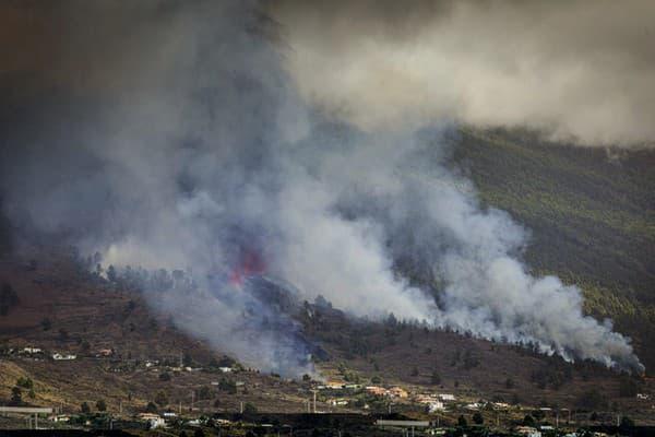 Erupcia sopky La Cumbre