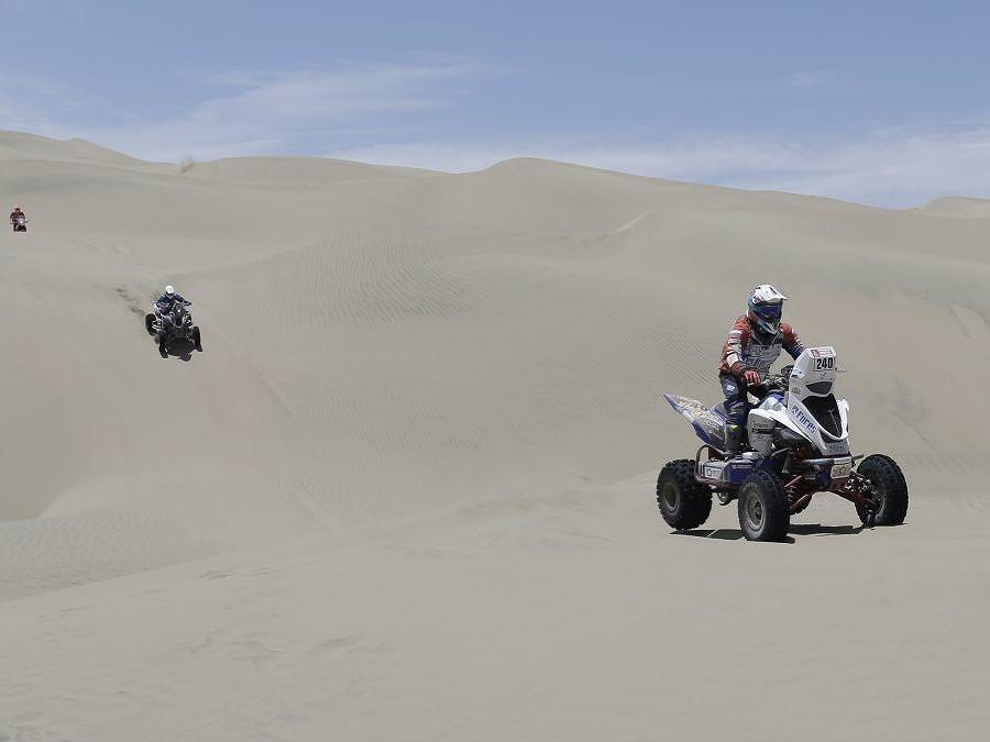 Na štvorkolke púšťou
