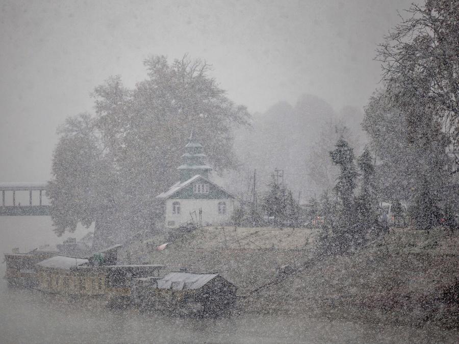 Zima prišla do Indie