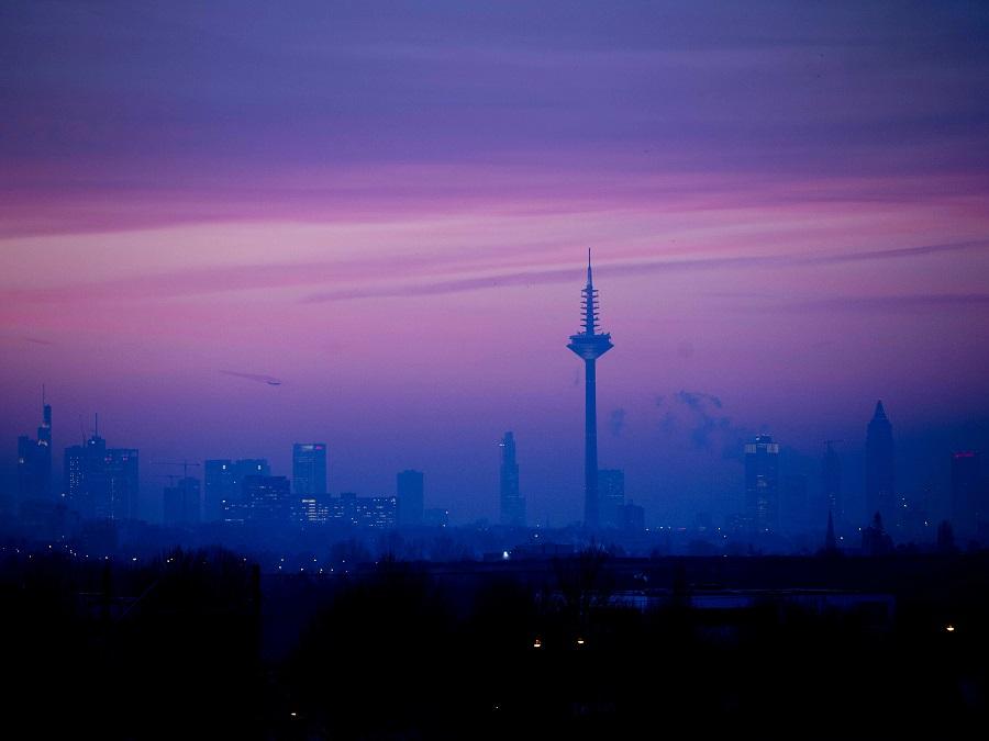 Hmla nad Frankfurtom