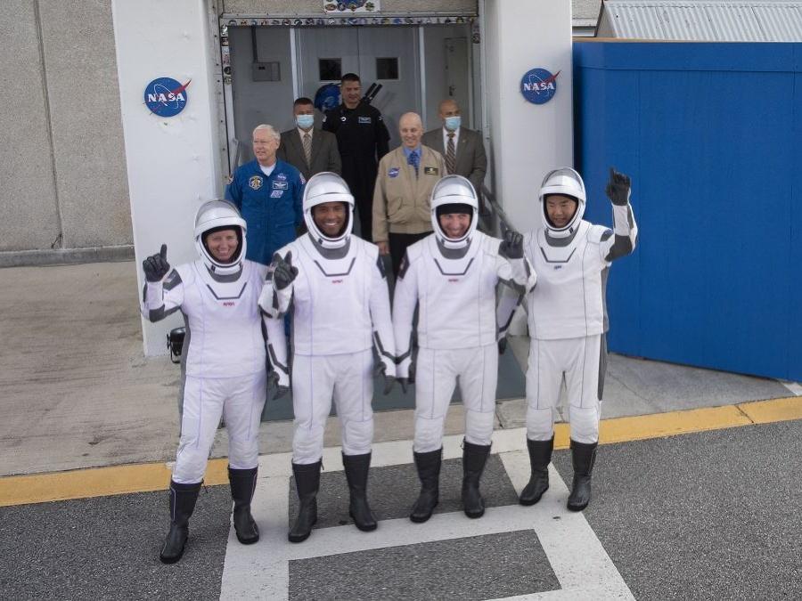 Spoločná fotka astronautov