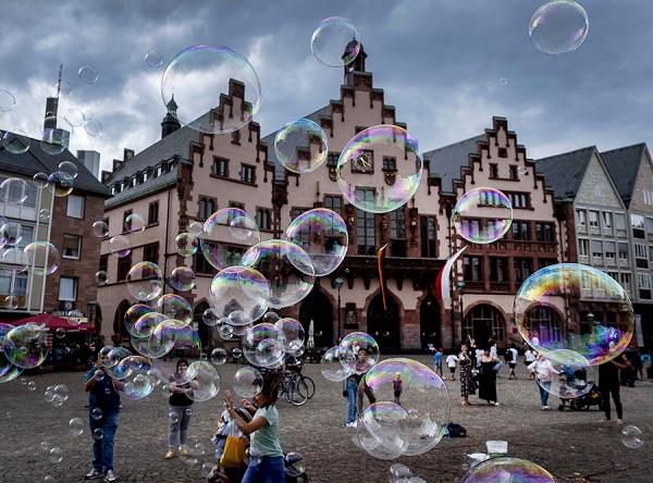 Bublinová paráda