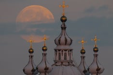 Včerajši spln mesiaca v Rusku