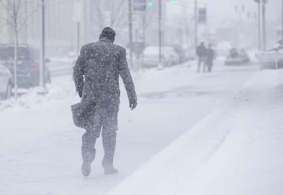 Ameriku zasiahlo snežné peklo