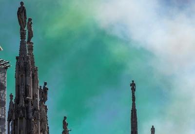 Dymové divadlo na nebi