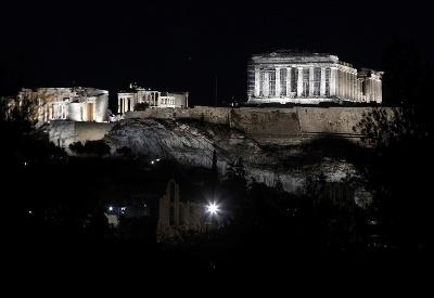 Noc v Akropole
