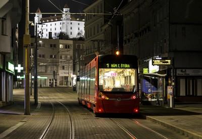 Čarovná nočná Bratislava