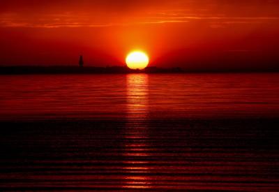 Zlatisté slnko nad Baltským morom