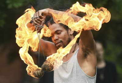 Tancovanie s ohňom
