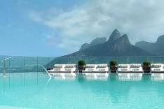 Rio de Janeiro a hotelový bazén
