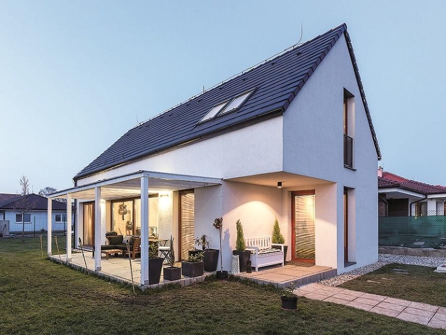 Racionálne zrealizovaný rodinný domček v Blatnom je výsledkom šikovných majiteľov