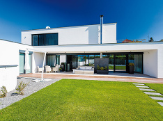 120 € mesačne! To sú náklady na prevádzku tohoto nízkoenergetického domu vo Veľkom Krtíši