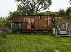 Z prepravného boxu pre kone štýlové bývanie!