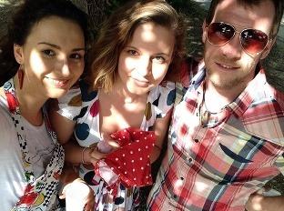 Aneta, Janica a Johny