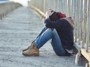 Muž skončil ako bezdomovec: