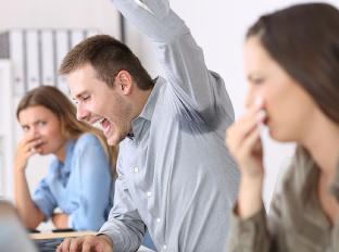5 typov nepríjemných kolegov