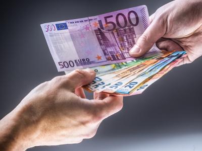 Plat od 1700 eur: