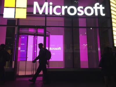 Zamestnancom Microsoftu stopli návrat