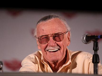 """Zomrel """"hrdina"""" všetkých komiksov sveta, zomrel Stan Lee"""