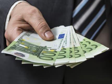 Pracovné ponuky na Slovensku: Zarobte si 1500 až 2350 EUR mesačne