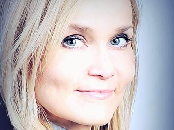 Koučka, konzultantka, trénerka osobnostného rozvoja a terapeutka Erika Feketová