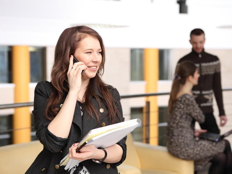 V oblasti informatiky a komunikácií vzrástla zamestnanosťo 8,9 percent.