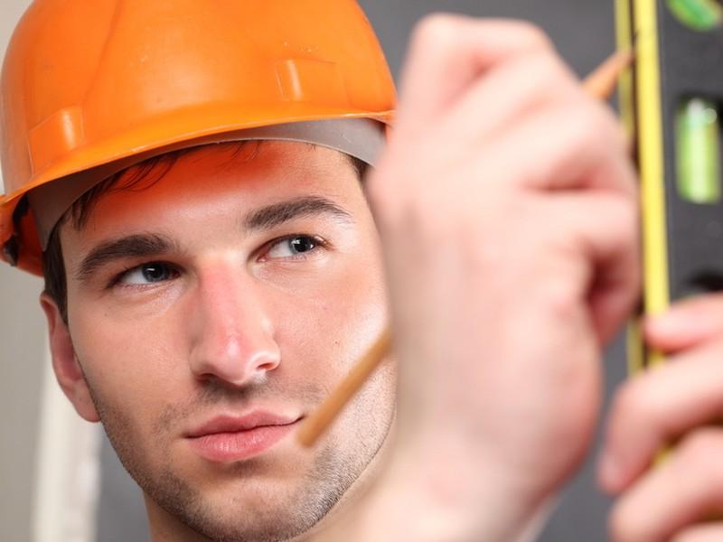 158 zamestnancov utrpelo v minulom roku ťažké zranenia.