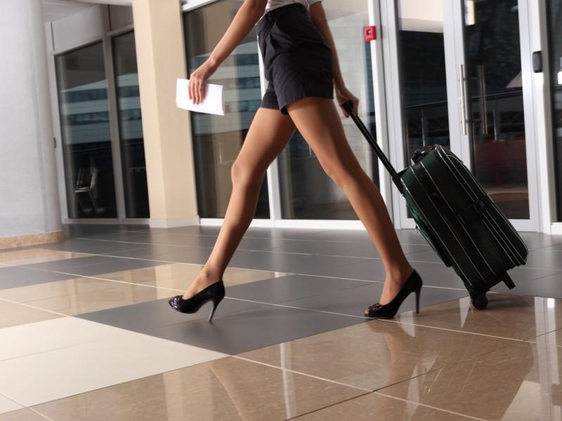 Najdlhšie cestujú do práce Poliaci a najmenší čas trávia cestovaním Slovinci.