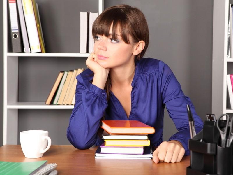 Nemáte prácu a ste evidovaní na úrade prácu? Nájdite si  rekvalifikačný kurz. Úrad práce vám ho môže preplatiť.
